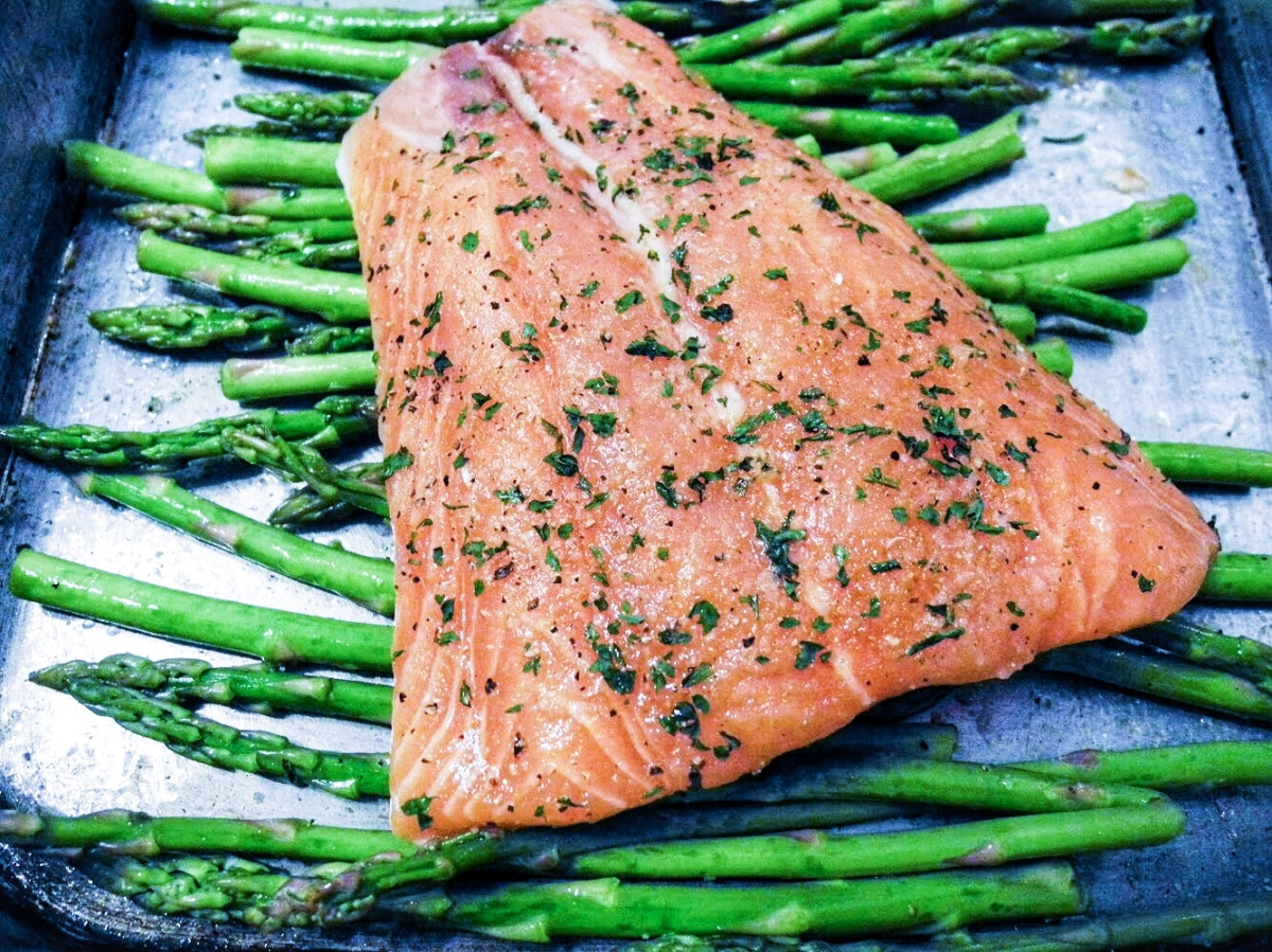 Sheet Pan Garlic Lime Salmon and Asparagus